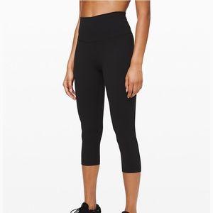Lululemon align crop leggings in black sz 4
